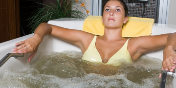 BENEFITS OF UNDERGOING HYDROTHERAPY